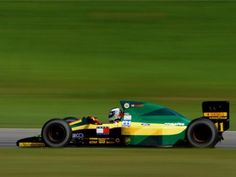Mika Hakkinen, Interlagos 1992, Lotus 102D