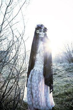 ddlm,dress,muerte,photography,scary,dreams,dia-0167d1d092b60c23cc59f23e45e8a4ac_h.jpg 333×500 pixels