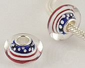 USA Flag glass beads  will fit on pandora or trollbead bracelets