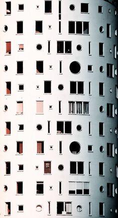 PORTAL PATTERNS   MATTHIAS KRUTTGEN — Quite the facade