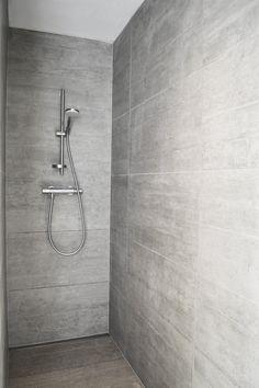 MAISON PLAINE I, Fleurus, 2014 - GOFFART POLOMÉ ARCHITECTES #bathroom