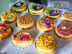 Paris Miniatures SIMP preview - miniature fruit tarts in one inch scale
