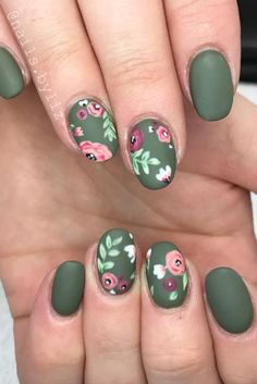 If you're looking to do seasonal nail art, spring is a great time to do so. The springtime is all about color, which means bright colors and pastels are becoming popular again for nail art. These types of colors allow you to create gorgeous nail art. Flower Nail Designs, Nail Designs Spring, Nail Art Designs, Nails With Flower Design, Spring Design, Cute Nails, Pretty Nails, My Nails, Spring Nails