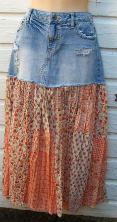 Reconstructed Upcycled Denim and Patchwork Skirt Peach/Rust/Orange Floral Paisley, Jean Diy, Mode Jeans, Skirt Patterns Sewing, Recycled Denim, Hippie Outfits, Denim Outfit, Denim Fashion, Diy Clothes