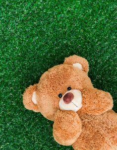 Photos and Comments Teddy Bear Emoji, My Teddy Bear, Cute Teddy Bears, Emoji Wallpaper Iphone, Bear Wallpaper, Screen Wallpaper, Wallpaper Quotes, Wallpaper Backgrounds, Cute Disney Wallpaper