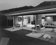 Julius Shulman: Serulnic House, Richard Neutra, Los Angeles CA 1955