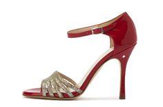 Madame Pivot tango shoe
