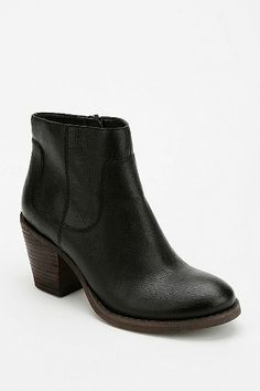 Seychelles Crazy For You Ankle Boot