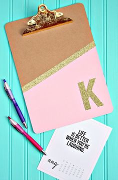 These personalized clipboards are fun and glittery. Make one for yourself, your friends, co-workers and your child's teacher.