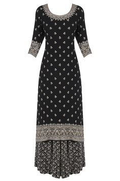 indian fashion Accessories -- CLICK Visit link above to see Pakistani Dresses, Indian Dresses, Indian Outfits, Indian Fashion Modern, Ethnic Fashion, Asian Fashion, Indian Attire, Indian Wear, Indian Style
