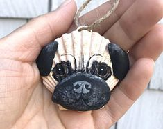 Lori's Shell Art by Lorishellart on Etsy Dog Ornaments, Diy Christmas Ornaments, How To Make Ornaments, Seashell Art, Seashell Crafts, Beach Crafts, Dog Crafts, Crafts To Sell, Black And Tan Dachshund