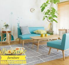 Cute Living Room Decor and Indoor Plant Ideas with Bright Blue Sofa Cute Living Room, Elegant Living Room, New Living Room, Living Room Sofa, Living Room Interior, Home Interior, Living Room Decor, Wood Furniture Living Room, Living Room Flooring