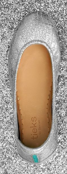 On the run or having fun, Silver Screen Tieks transition seamlessly from day to night. Their lustrous shine is sure to be the perfect finishing touch to any outfit!
