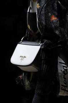 Prada Fall 2016 Ready-to-Wear Fashion Show Details