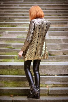 Golden knight (of Cydonia) | gvozdiShe Golden Knights, Personal Style, Cute Outfits, People, Sweaters, Dresses, Blog, Fashion, Fashion Clothes
