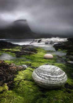 Isle of Skye, Scotland. (photography, photo, picture, image, beautiful, amazing, travel, world, places, nature, landscape)