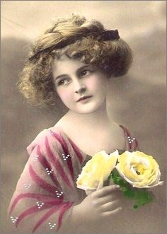 The Language of Flowers - Yellow Rose = Broken Heart Vintage Children Photos, Vintage Girls, Vintage Pictures, Old Pictures, Vintage Images, Old Photos, Time Pictures, Antique Photos, Vintage Photographs
