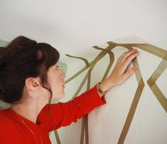 How To Hang Wallpaper, Wallpaper Paste, More Wallpaper, Push Away, Small Laundry Rooms, Home Reno, Interiors, Simple, Interior