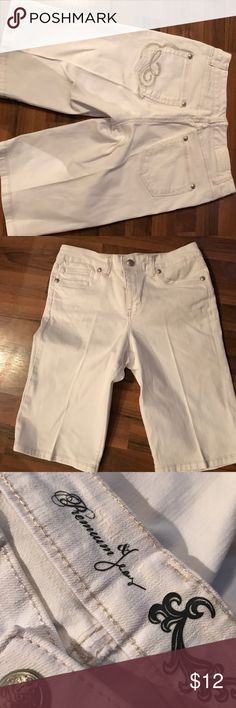 Like new long white Jean shorts Never worn 12 inches inseam Style & Co Shorts Bermudas