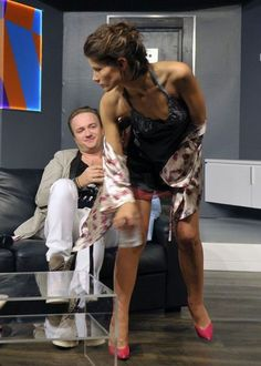 Seksowna Agnieszka Sienkiewicz kusi na scenie