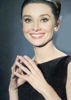 Audrey Hepburn & her amazing smile