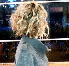 Fun short & crimped hair