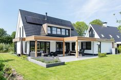 Chalet Design, House Design, Bungalow Conversion, Modern Lake House, Two Storey House, Outside Living, House Front, Exterior Design, Custom Homes