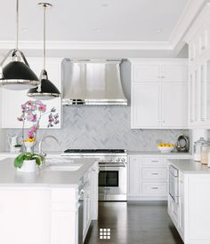 Ever felt unsure of where your style lies? Maybe you love your traditional home but desire a bit of contemporary flair with your home decor. Kitchen Design, Transitional Style, Clean Kitchen Design, Clean Interior Design, The Tile Shop, Transitional Kitchen, Transitional House, Shaker Style Cabinetry, Modern Kitchen Design