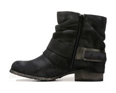 From black skinny jeans to fleece leggings, get in the Chad Bootie from Jellypop. Platform Wedges Shoes, Wedge Shoes, Ugg Ankle Boots, Black Wardrobe, Fleece Leggings, Crazy Shoes, Short Boots, Black Skinnies, Skinny Jeans