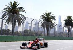 Saisonstart unter Palmen: Die Formel-1-Motoren brummen wieder: Am Sonntag findet im australischen Melbourne das erste Rennen der neuen Saison statt. Mehr Bilder des Tages auf: http://www.nachrichten.at/nachrichten/bilder_des_tages/cme10133,1017898 (Bild: APA)