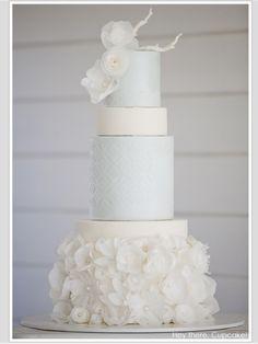 Pure elegance. Wedding cake