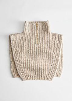 Cozy Fashion, Knit Fashion, Fibre And Fabric, How To Purl Knit, Knit Mittens, Knitting Accessories, Geometric Patterns, Fashion Story, Girls Night