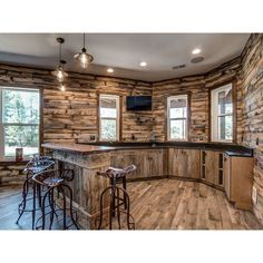 Barn Kitchen, Rustic Kitchen Design, Rustic Cabin Kitchens, Log House Kitchen, Kitchen Ideas, Rustic Design, Cabin In The Woods, Metal Building Homes, Pole Barn Homes