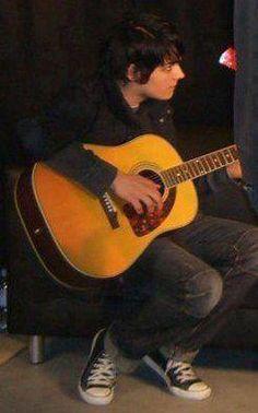 gee playing guitar