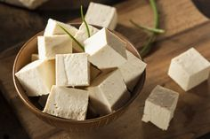 hahaha,raw soy tofu,love to eat it raw but the parents won't let me.= ̄ω ̄=