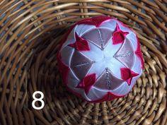 Dekorácie - vianočné patchworkové gule staroružová v kombinácii s bielou a pink - 7147209_