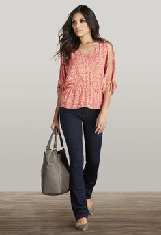 Sweet casual & feminine look for a day or evening out.