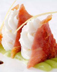 http://www.oggi.it/cucina/ricetta/millefoglie-di-prosciutto-toscano-mousse-di-ricotta-fresca-di-pienza/