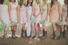 Shabby-chic country wedding with mix-match bridesmaids dresses! This Barnsley Gardens wedding was gorgeous! | kristinfayephotography.com
