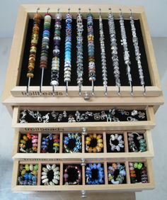 A Master Collector's bead box...WOW...Will I ever be a Master Collector?  I would like to be!!  :)