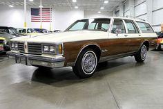 1985 Oldsmobile Custom Cruiser wagon