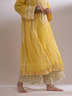 FARANI - Heena Kochhar Party Wear Indian Dresses, Designer Party Wear Dresses, Kurti Designs Party Wear, Indian Designer Outfits, Stylish Dress Designs, Stylish Dresses, Pakistani Dress Design, Pakistani Dresses, Casual Indian Fashion