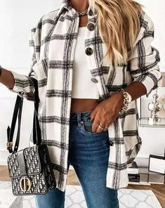 Plaid Jacket, Shirt Jacket, Plaid Outfits, Long Shirt Outfits, Trendy Fall Outfits, Fashion Outfits, Style Casual, Casual Chic, Casual Wear
