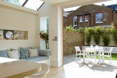 sky lights above room side return extension / Dobson & Vivian Interior Designers London Victorian Terrace, Victorian Homes, Side Return Extension, House Extensions, Open Plan Living, Interior Architecture, Interior Design, My Dream Home, Raised Beds