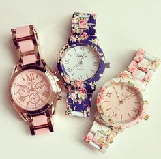Love these floral watches😍😍 Hipster Fashion, Blue Fashion, 80s Fashion, Pink Watch, Gold Watch, Flower Fashion, Fashion Watches, Watches For Men, Men's Watches