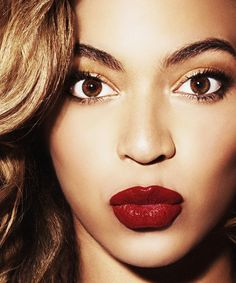 Beyonce was born on September Beyonce is an American singer, songwriter, and actress. Beyonce is famous model as well Makeup Tips, Beauty Makeup, Hair Beauty, Eye Makeup, Flawless Makeup, Makeup Trends, Makeup Lipstick, Beauty Skin, Beyonce 2013