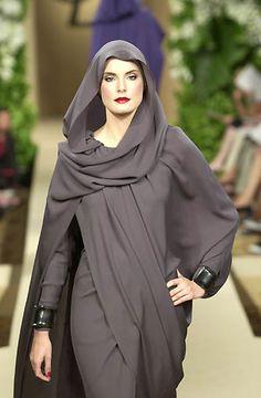 Yves Saint Laurent - Haute Couture fall 2000