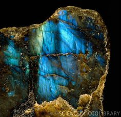 Labradorite is said to detoxify the body and slow the aging process, to elevate consciousness and protect a person's aura, helping to keep the aura clear, balanced, protected and free from energy leaks. It symbolizes the moon and the sun. It can assist in digestion, regulation and metabolism. Protects the aura from energy leaks, allows one to realize the destiny that is chosen and live up to one's potential.  www.draiochtagems.com