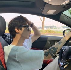 couple ulzzang korean car kia wants to build more fun gt cars and more rugged suvs look forward to more exciting models from the korean brand Korean Boys Ulzzang, Ulzzang Couple, Ulzzang Boy, Korean Men, Korean Girl, Cute Asian Guys, Cute Korean Boys, Asian Boys, Cute Boys
