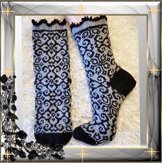 Ravelry: Kamilla socks pattern by JennyPenny Form Crochet, Crochet Socks, Knit Mittens, Knit Crochet, Knit Socks, Knitting Designs, Knitting Projects, Knitting Patterns, Crochet Patterns